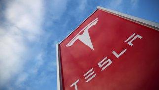 Tesla начала продавать текилу после шутки Маска