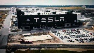 Tesla ввела в строй в Китае завод зарядных станций для электромобилей