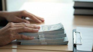 Mərkəzi Bankın 100 mln. manatlıq notları yerləşdirilib