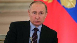 Putin özünütəcrid rejiminə keçib