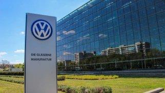 """""""Volkswagen"""" ən iri zavodunda iş saatlarını azaldır"""